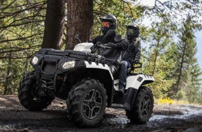 MOTOBOOM2021-sportmsan-touring-xp-1000-ACTION-650×1[1]